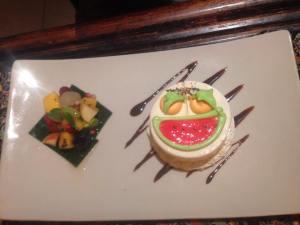 Who doesn't love free cake? Happy birthday Katia!